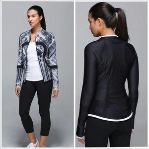 Lululemon Find Your Bliss Reversible Jacket 6